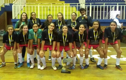Futsal feminino de Capitólio conquista 3o lugar na LIDARP