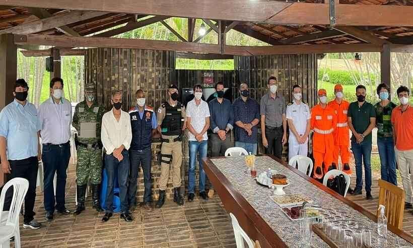 Autoridades se reúnem para definir plano de ação a fim de evitar desastres naturais no Lago de Furnas
