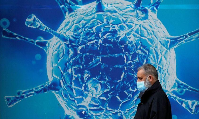 Estudos dizem que cepa é mais transmissível e ameaça fim da pandemia